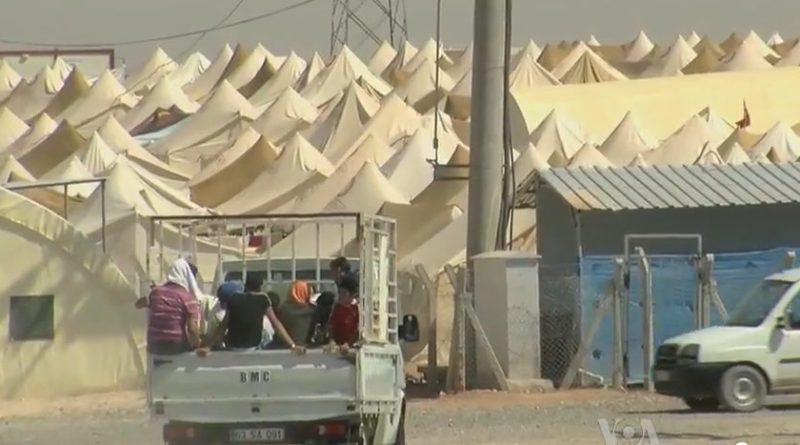 http://www.algemeiner.com/2013/04/11/turkey-erects-refugee-camps-for-fleeing-syrian-christians/syrian_refugee_camp_on_theturkish_border/