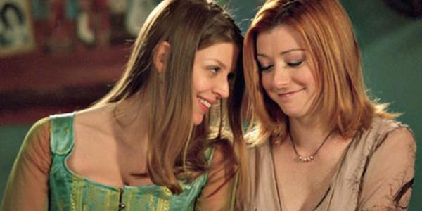 (Amber Benson as Tara and Alyson Hannigan as Willow in Buffy the Vampire Slayer. Source: UPN)